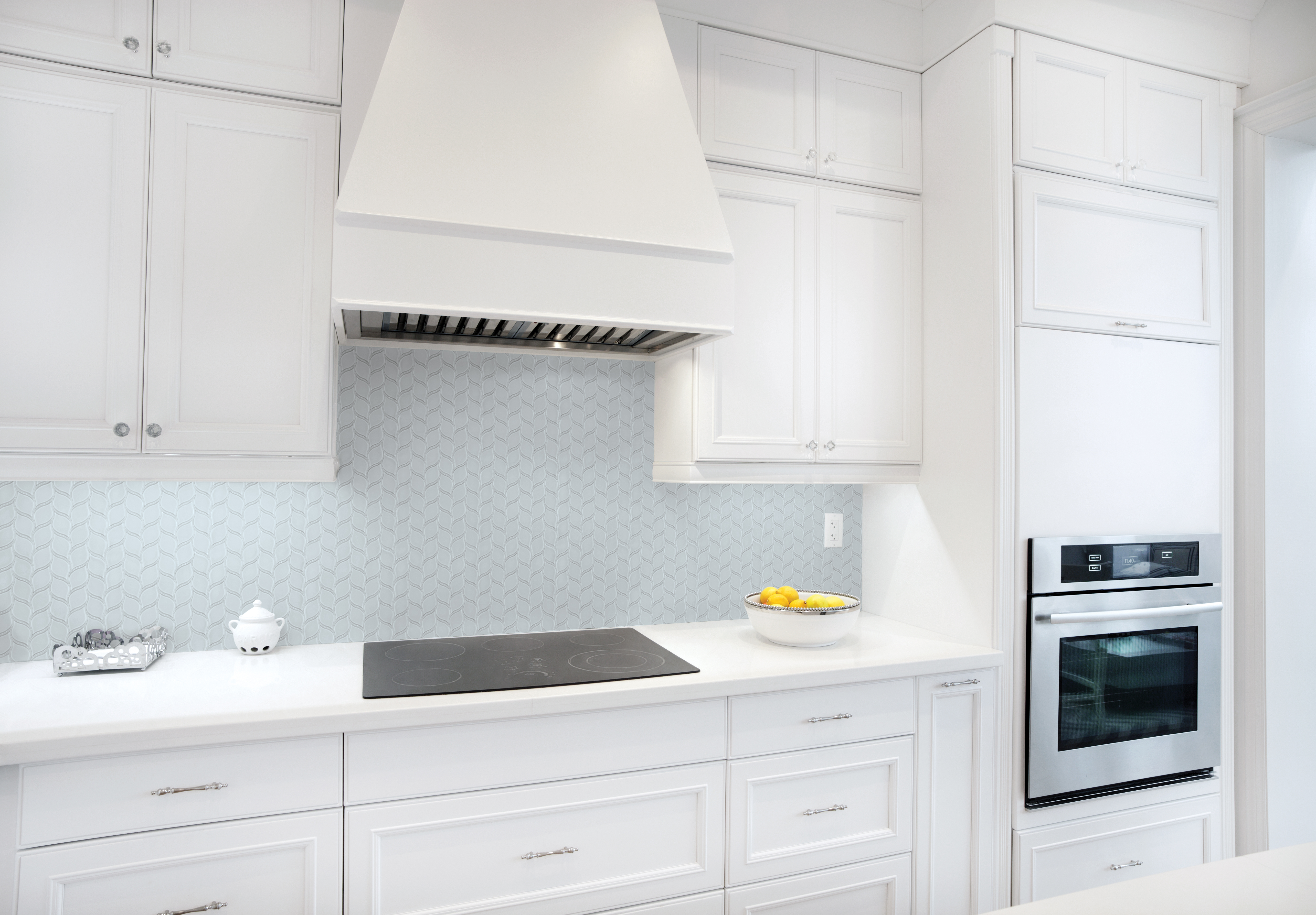 Tile tilecraft interior of modern luxury kitchen in north american private residence dailygadgetfo Choice Image